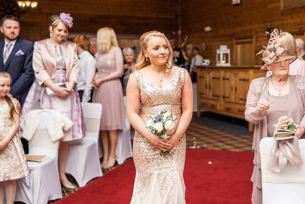 scottish-loch-lomond-wedding-photography-dearlyphotography (29 of 59).jpg