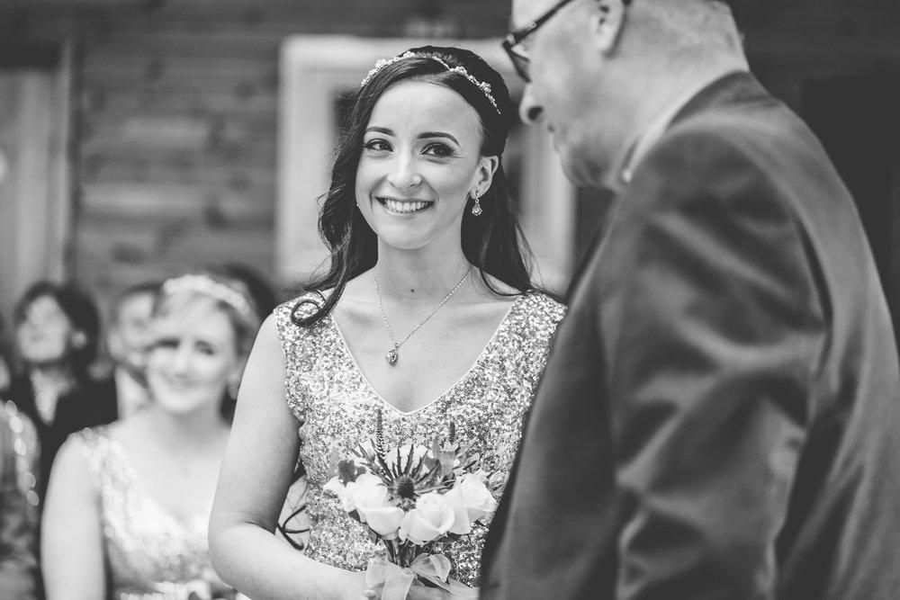 scottish-loch-lomond-wedding-photography-dearlyphotography (33 of 59).jpg