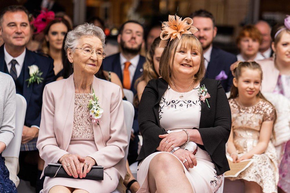 scottish-loch-lomond-wedding-photography-dearlyphotography (38 of 59).jpg