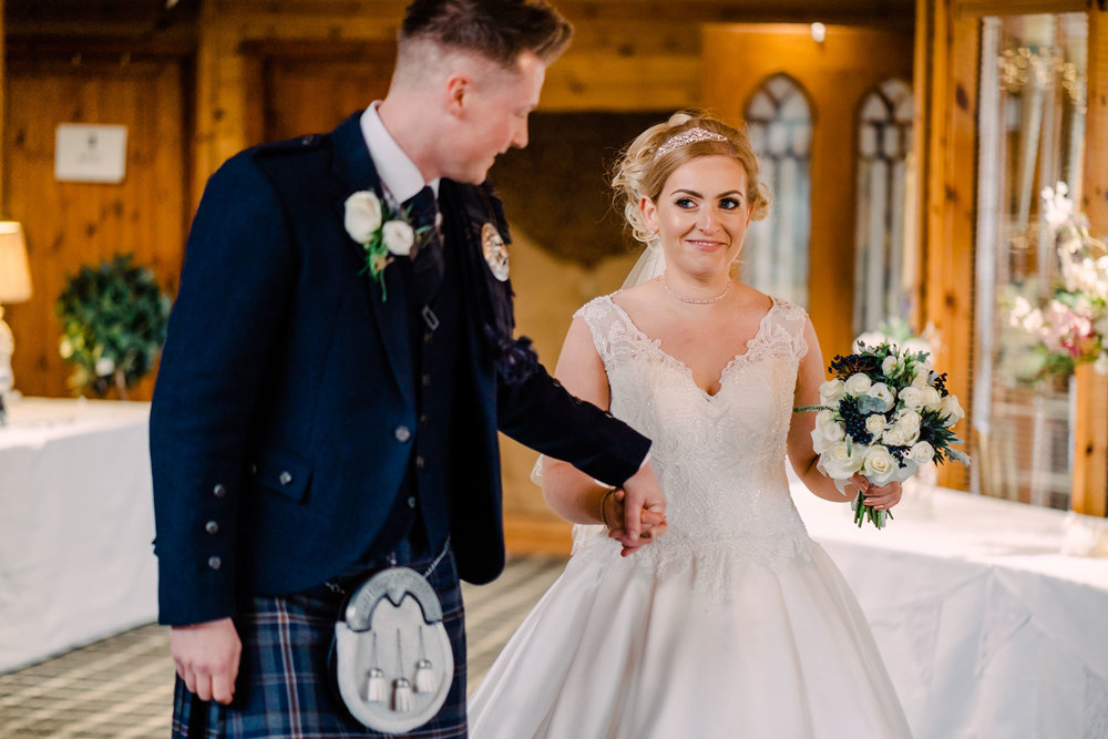 scottish-loch-lomond-wedding-photography-dearlyphotography (49 of 59).jpg