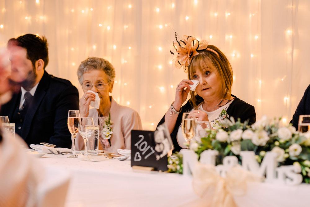 scottish-loch-lomond-wedding-photography-dearlyphotography (50 of 59).jpg