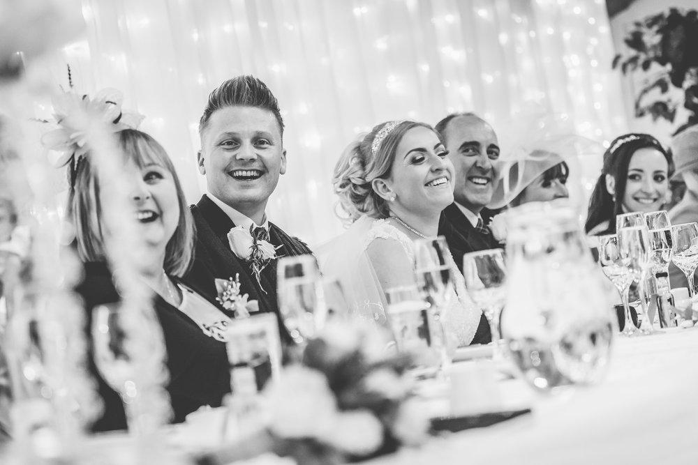scottish-loch-lomond-wedding-photography-dearlyphotography (56 of 59).jpg