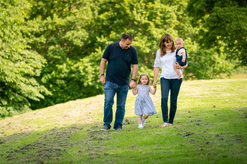 walker-family-session-bothwell-castle-glasgow-dearlyphotography (5 of 31).jpg