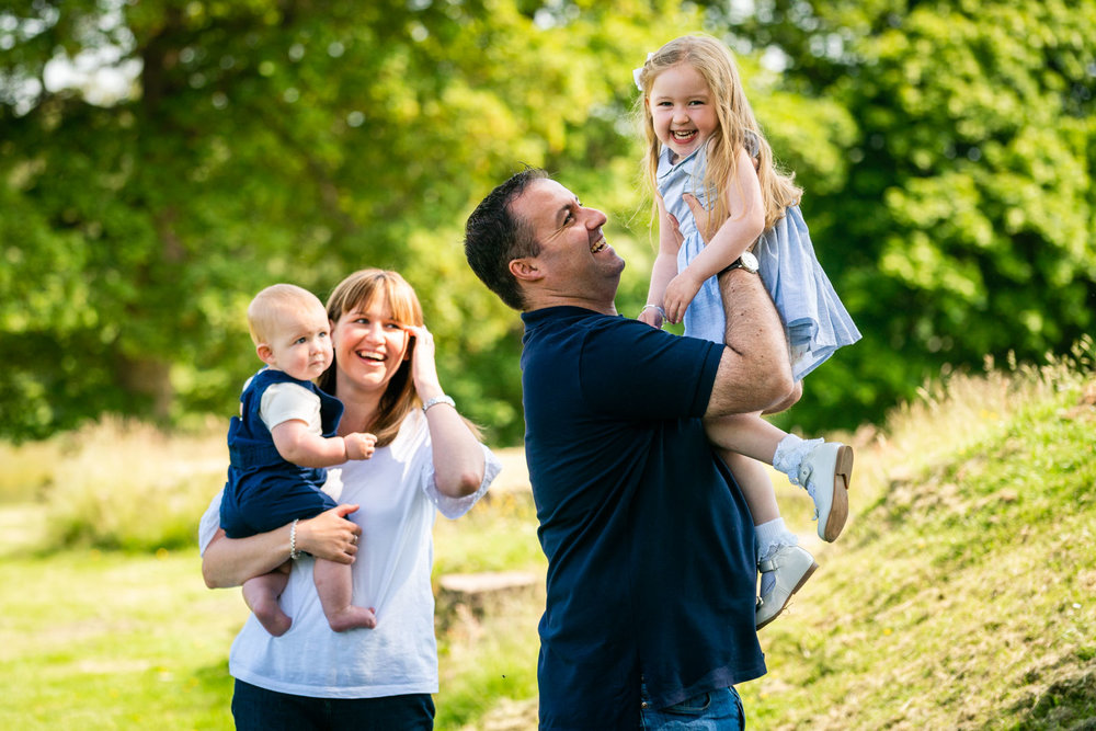 walker-family-session-bothwell-castle-glasgow-dearlyphotography (17 of 31).jpg