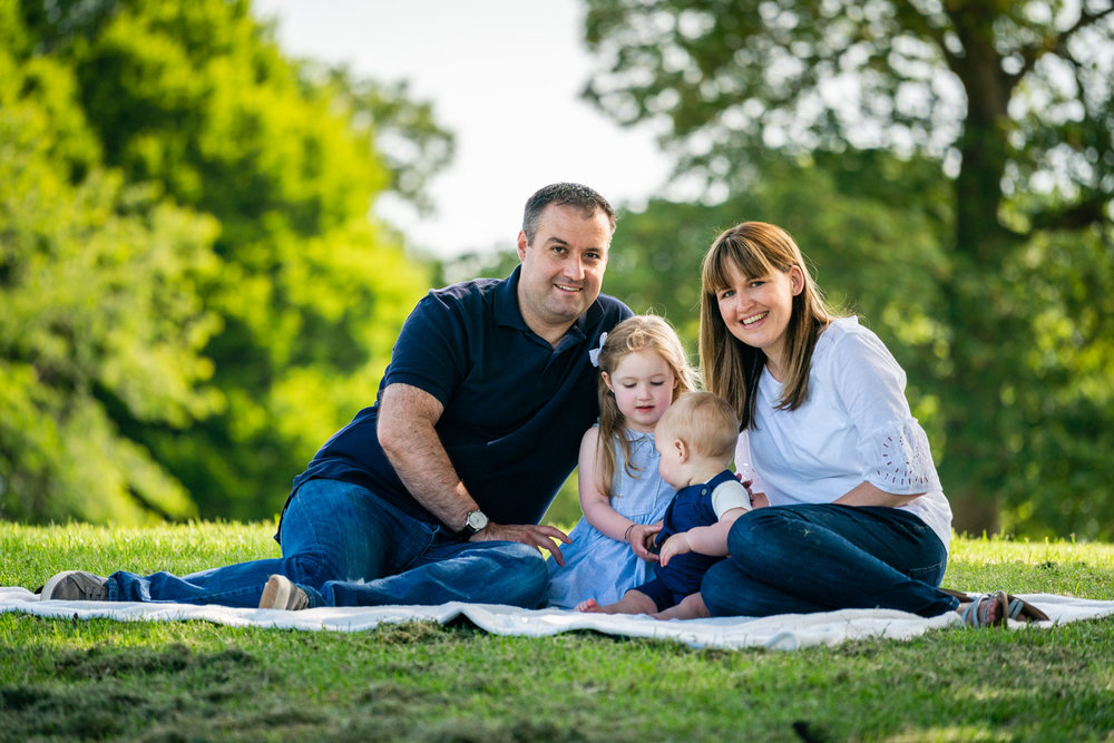 walker-family-session-bothwell-castle-glasgow-dearlyphotography (19 of 31).jpg