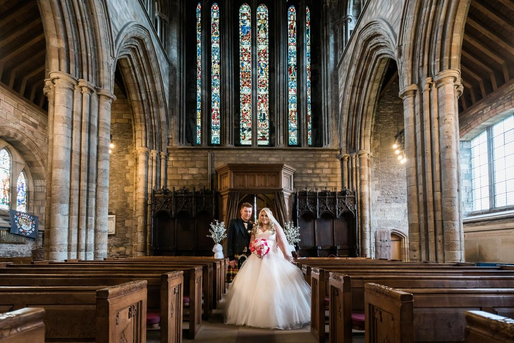 dunblane-hydro-cathedral-wedding-stirlingshire-dearlyphotography (60 of 108).jpg