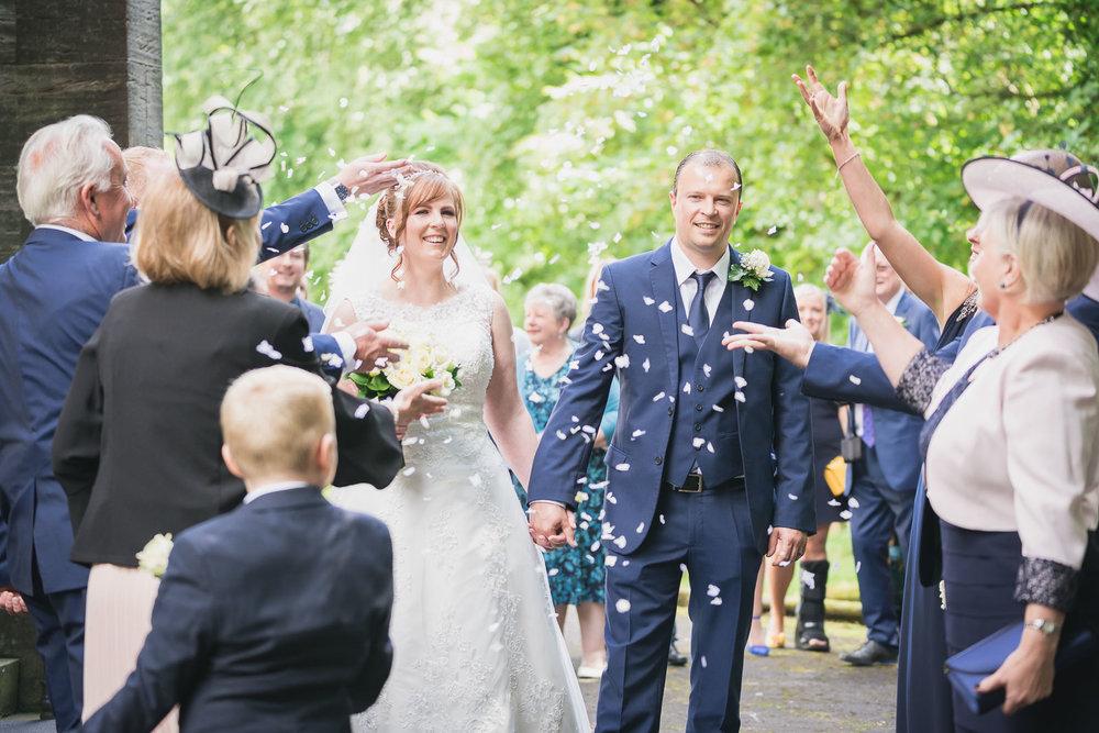 glenskirlie_castle_glasgow_wedding_dearlyphotography (37 of 79).jpg