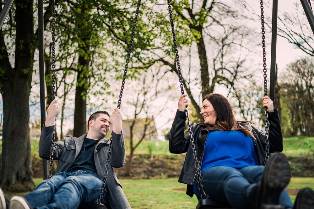 linlithgow-laura-neil-scottishengagement-dearlyphotography (33 of 43).jpg