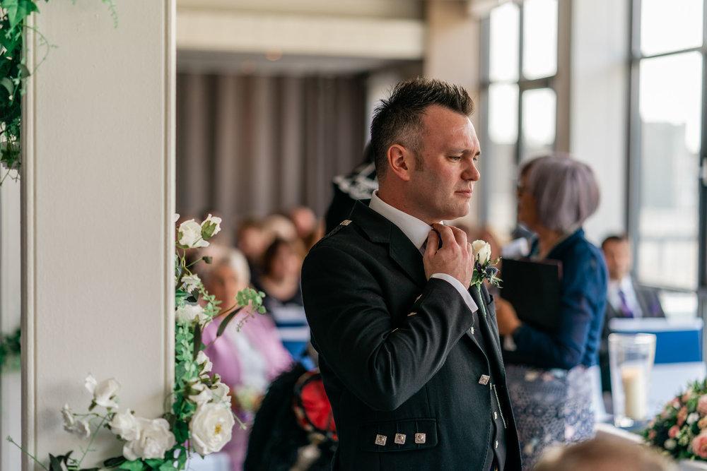 edinburgh_apex_hotel_wedding_dearlyphotography (14 of 65).jpg