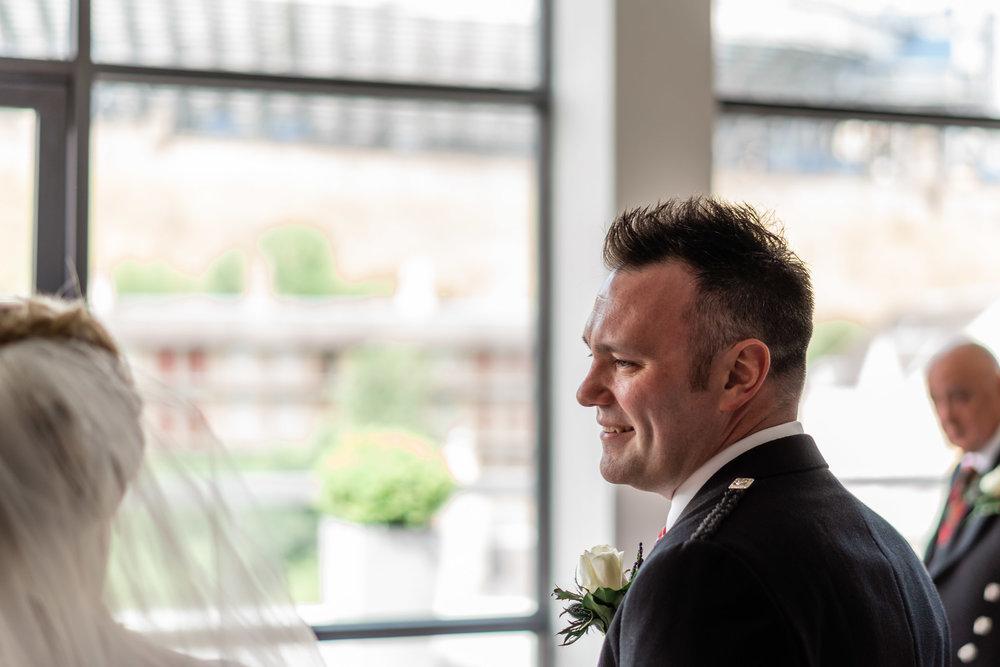 edinburgh_apex_hotel_wedding_dearlyphotography (24 of 65).jpg