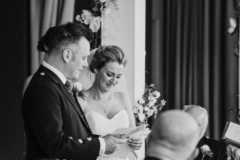 edinburgh_apex_hotel_wedding_dearlyphotography (26 of 65).jpg
