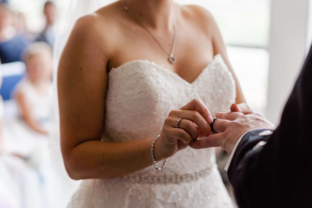 edinburgh_apex_hotel_wedding_dearlyphotography (30 of 65).jpg