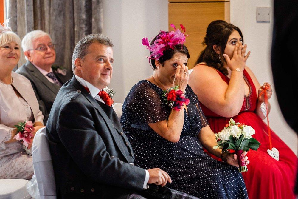falkirk_wedding_beancross_farm_dearlyphotography (19 of 45).jpg