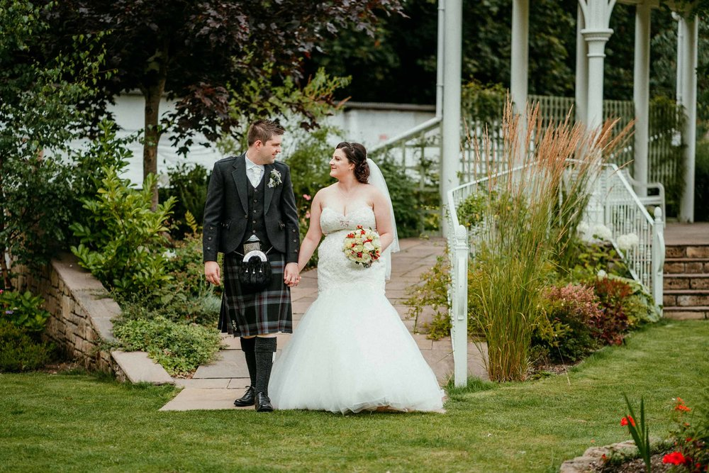 falkirk_wedding_beancross_farm_dearlyphotography (33 of 45).jpg