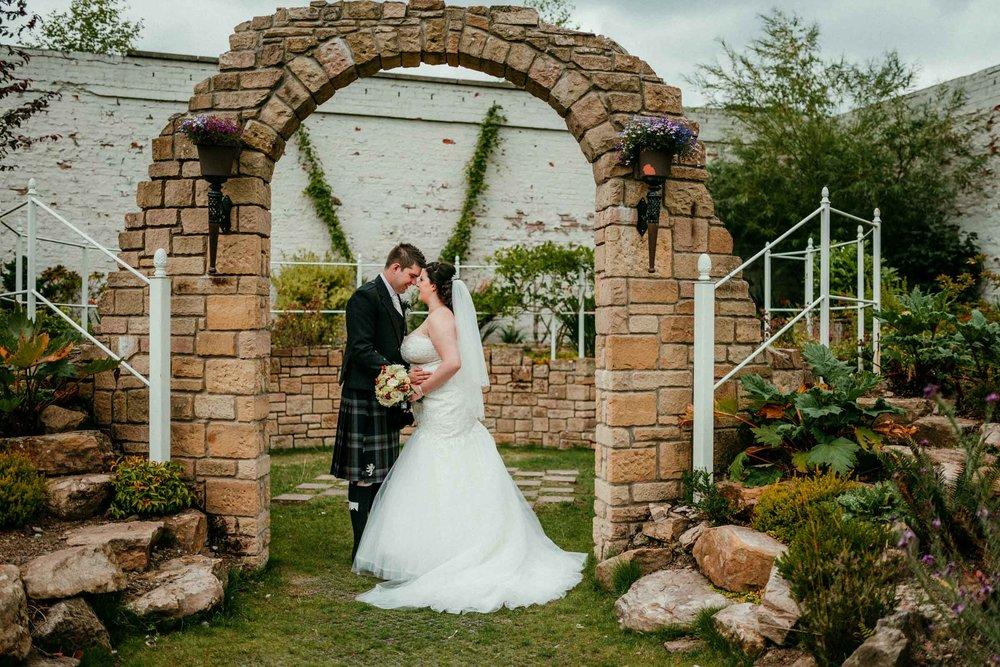 falkirk_wedding_beancross_farm_dearlyphotography (36 of 45).jpg