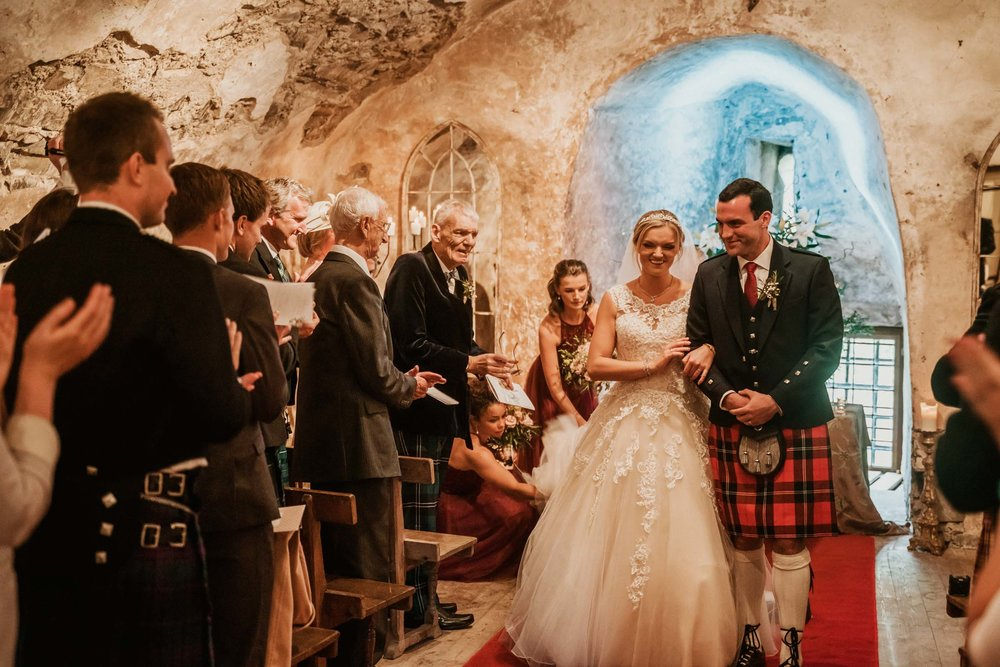 neidpath_castle_peebles_wedding_dearlyphotography (50 of 122).jpg