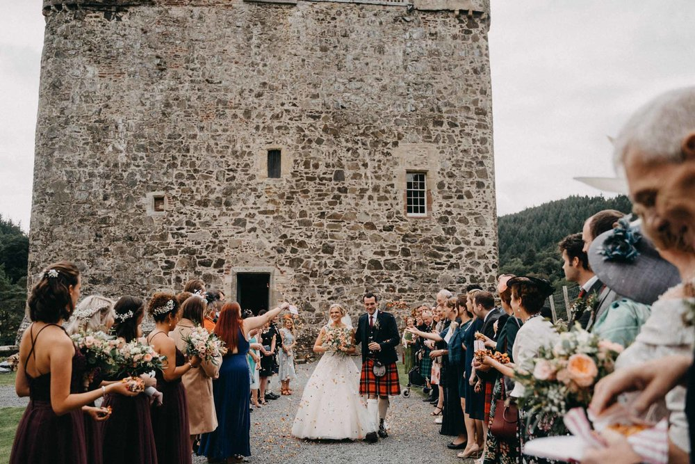 neidpath_castle_peebles_wedding_dearlyphotography (52 of 122).jpg