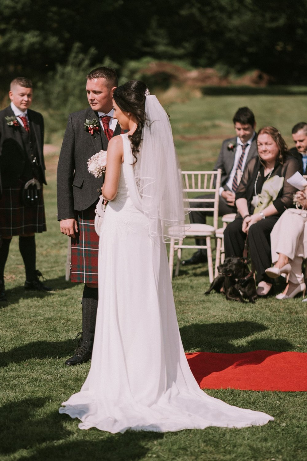 loch_lomond_waterfront_wedding_dearlyphotography (32 of 103).jpg