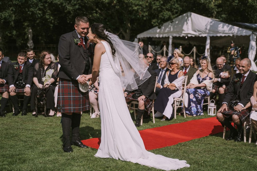 loch_lomond_waterfront_wedding_dearlyphotography (46 of 103).jpg