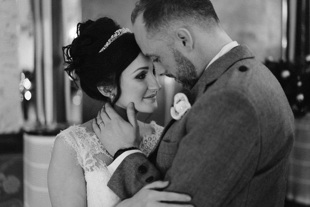 Oran-Mor-Wedding-Photographer-DearlyPhotography (54 of 55).jpg