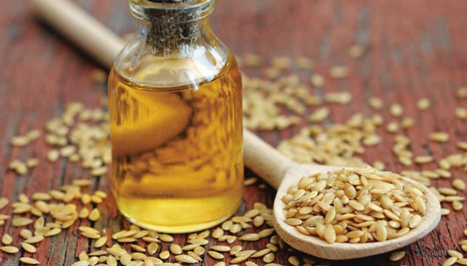 Camelina Oil - Reinforces and smooths skinHelps to improve and maintain a healthy skin barrier function