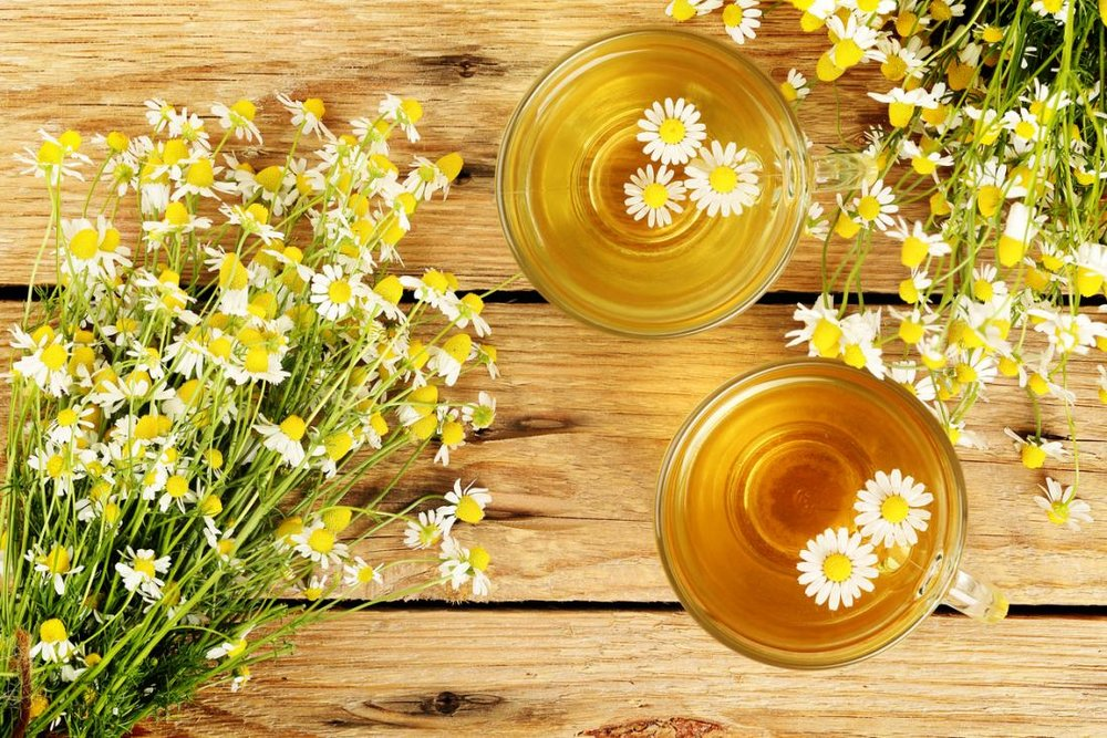 Chamomile - Anti-inflammatory, anti-fungal,antibacterial, antiseptic, and contains essential oils and antioxidants. Additionally, is a hypoallergenic and helps to reduce skin irritants by neutralizing free radicals