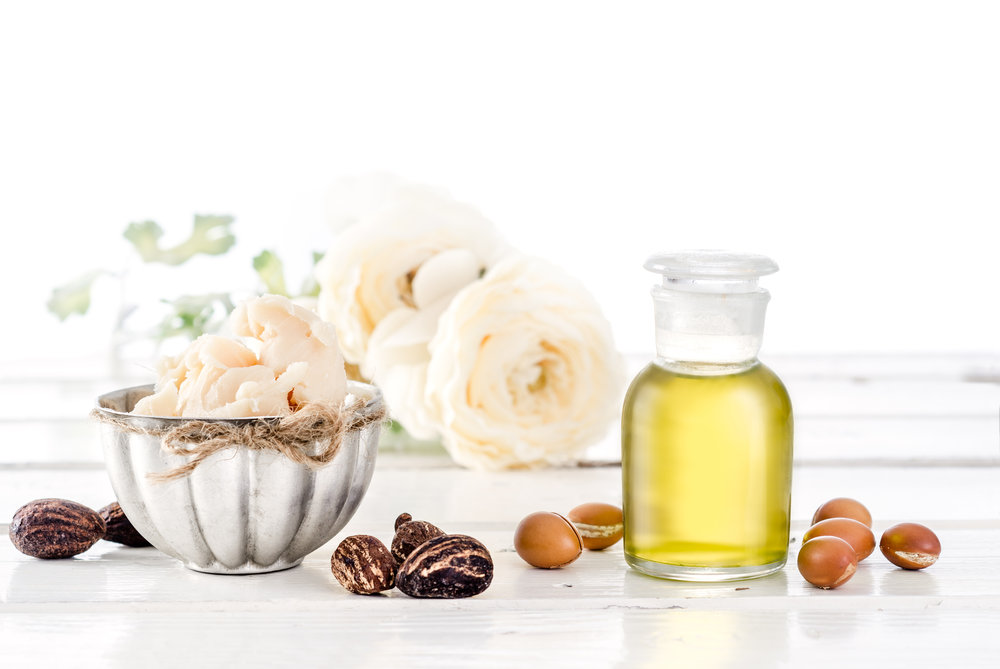 Argan Oil - High content of antioxidants, essential fatty acids & Vitamin E, nourish the skin leaving it hydrated and glowing