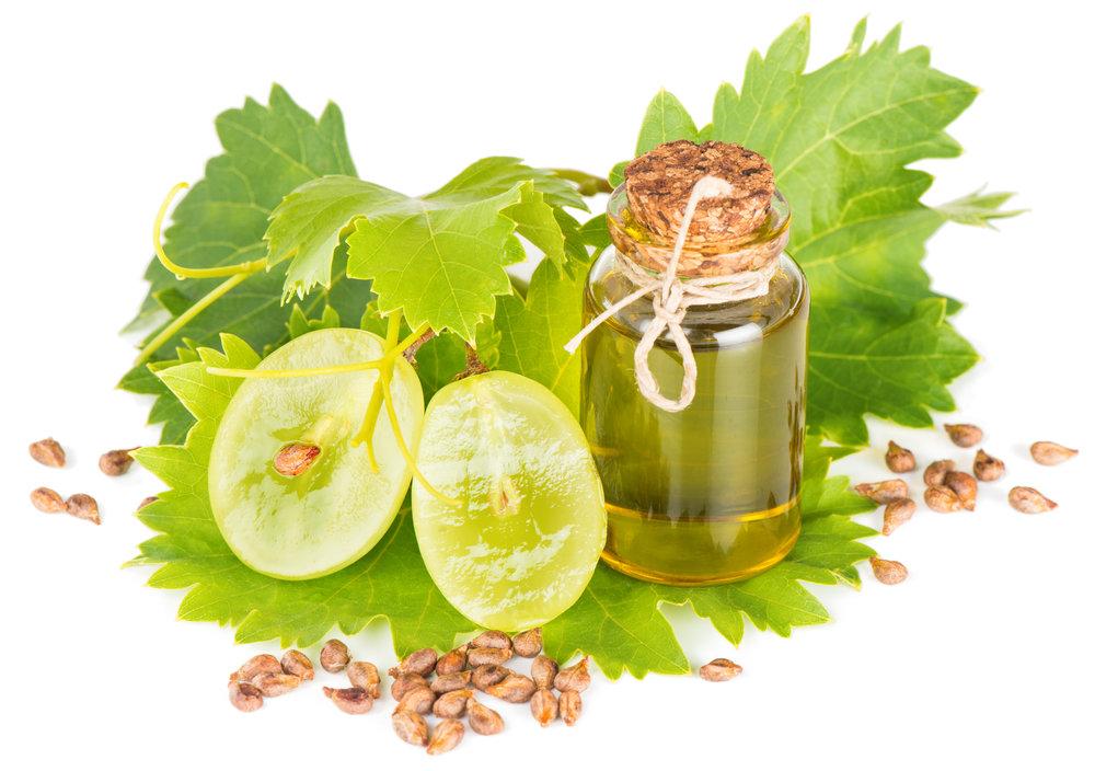 Grapeseed Oil - Antiviral, anti- inflammatory & antibacterial propertiesRestores luminosity to dull, dry skin