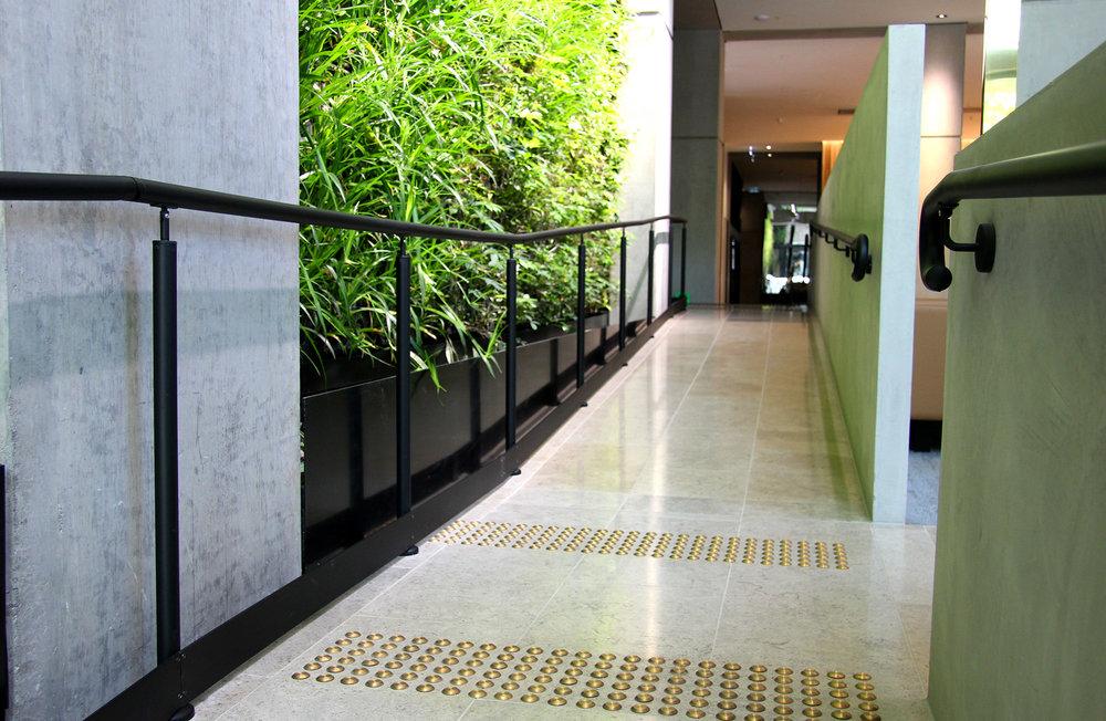 GreenWall Handrail Redu 2.jpg
