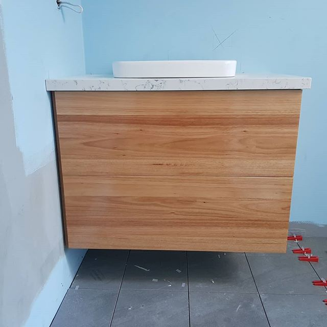 Hey Insta fam! Matt here with a few progress shots of a current project.  I've been hard at work on the Kitchen, Laundry, Vanity and Wardrobes at this Fitzroy North house. The stone is 'White Attica' over Classic white. The vanity is solid Blackbutt with Blum tip on drawer hardware.
