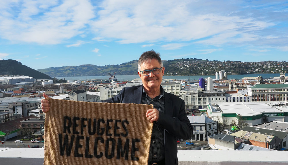 Mayor Dave Cull refugees welcome.jpg