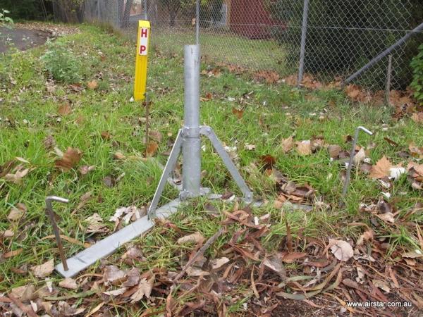 Airstar 3 leg gal base, can be pegged.