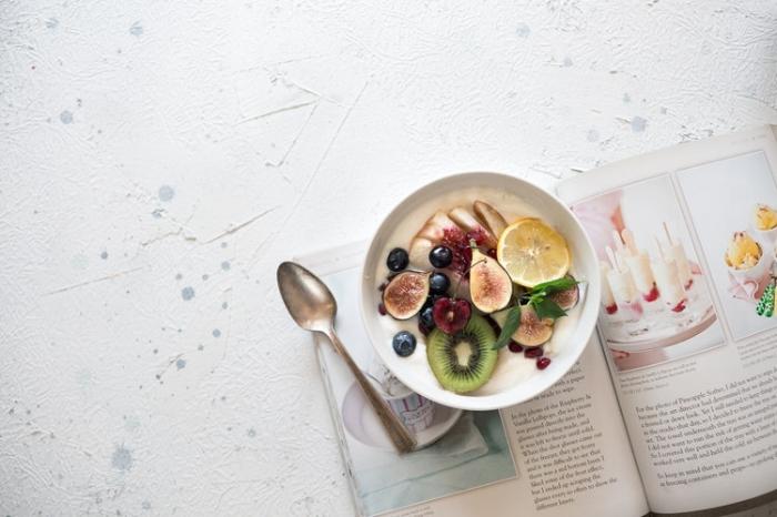fruit smoothie bowl for pregnancy