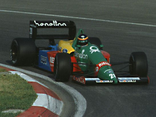Thierry Boutsen driving for Benetton. Paul Lannuier from Sussex, NJ, USA •  CC BY-SA 2.0
