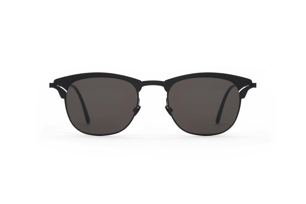 haffmans_neumeister_atlantic_black_black_grey_line_sunglasses_front_102084.jpg