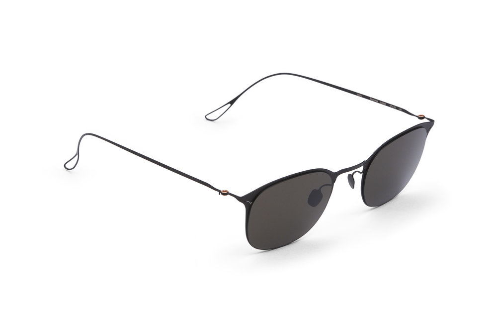 haffmans_neumeister_burrows_black_grey_ultralight_sunglasses_angle_102252.jpg