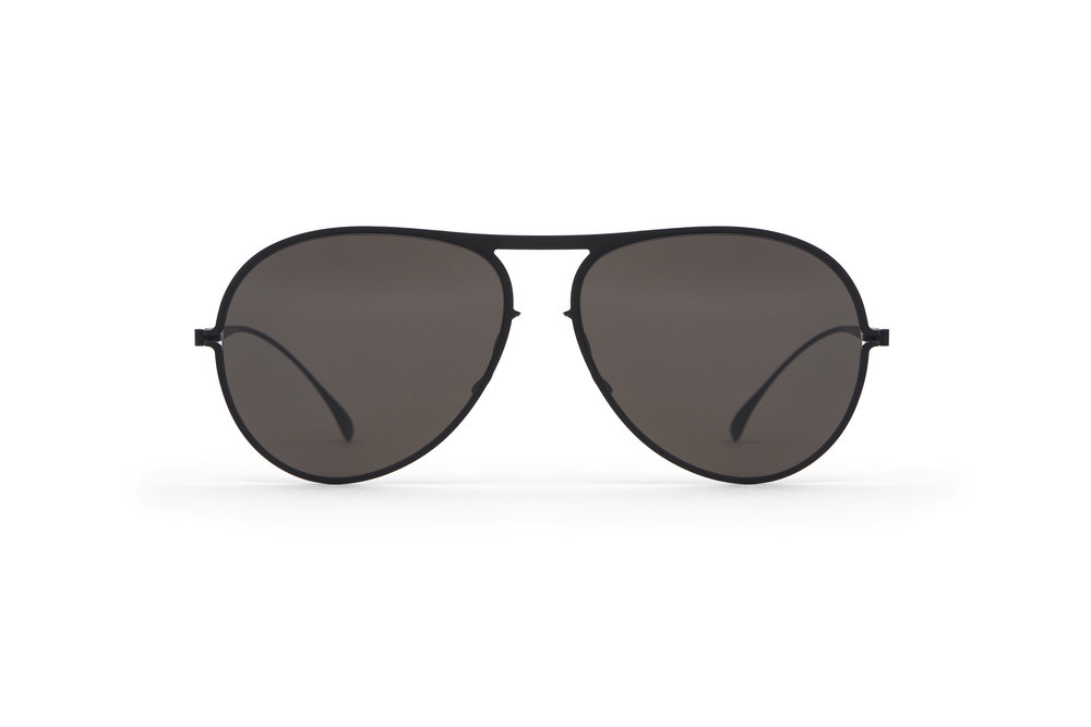 haffmans_neumeister_clearwater_black_grey_line_sunglasses_front_102291.jpg