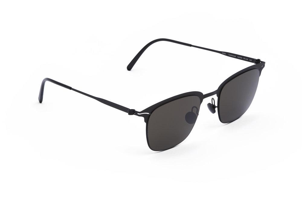 haffmans_neumeister_continental_black_black_grey_line_sunglasses_angle_102032.jpg