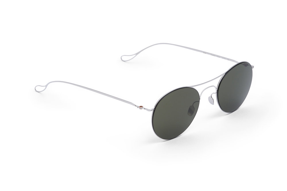 haffmans_neumeister_conway_silver_g15_ultralight_sunglasses_angle_102254.jpg