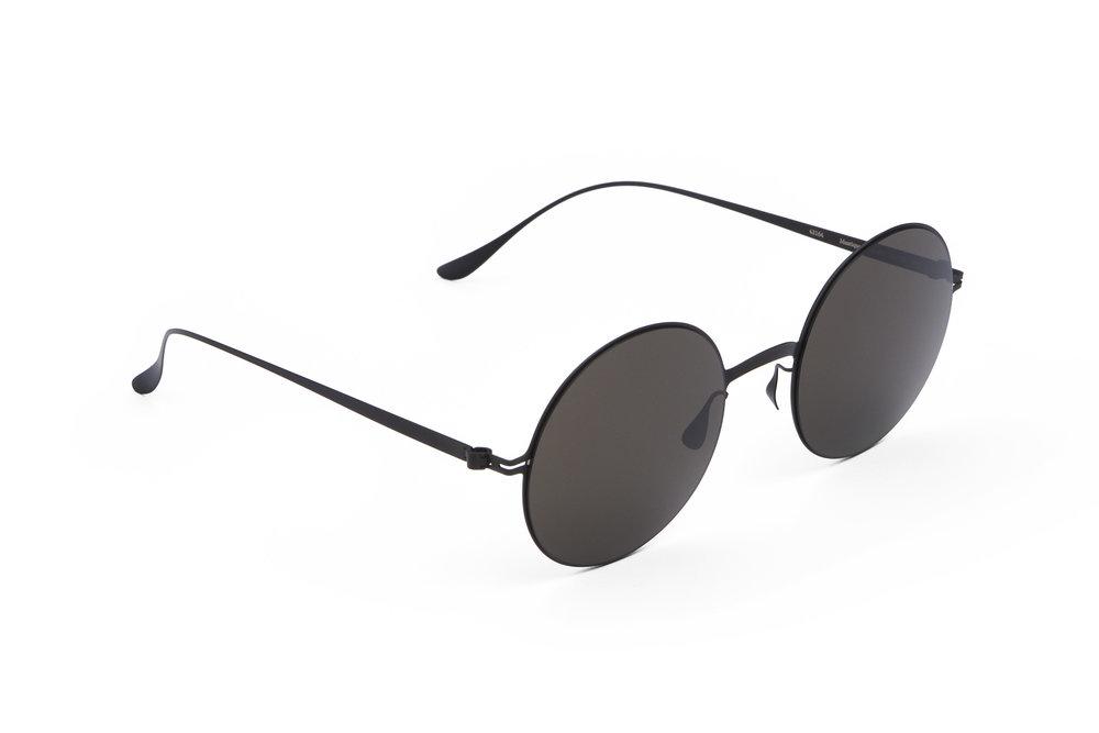 haffmans_neumeister_mustique_black_grey_line_sunglasses_agnle_102306.jpg