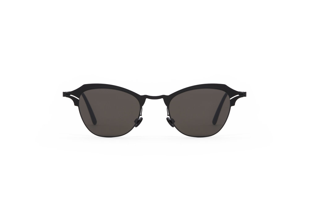 haffmans_neumeister_nice_black_black_grey_line_sunglasses_front_102206.jpg