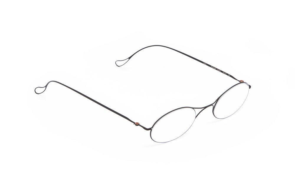 haffmans_neumeister_poincare_black_clear_ultralight_eyeglasses_angle_102283.jpg