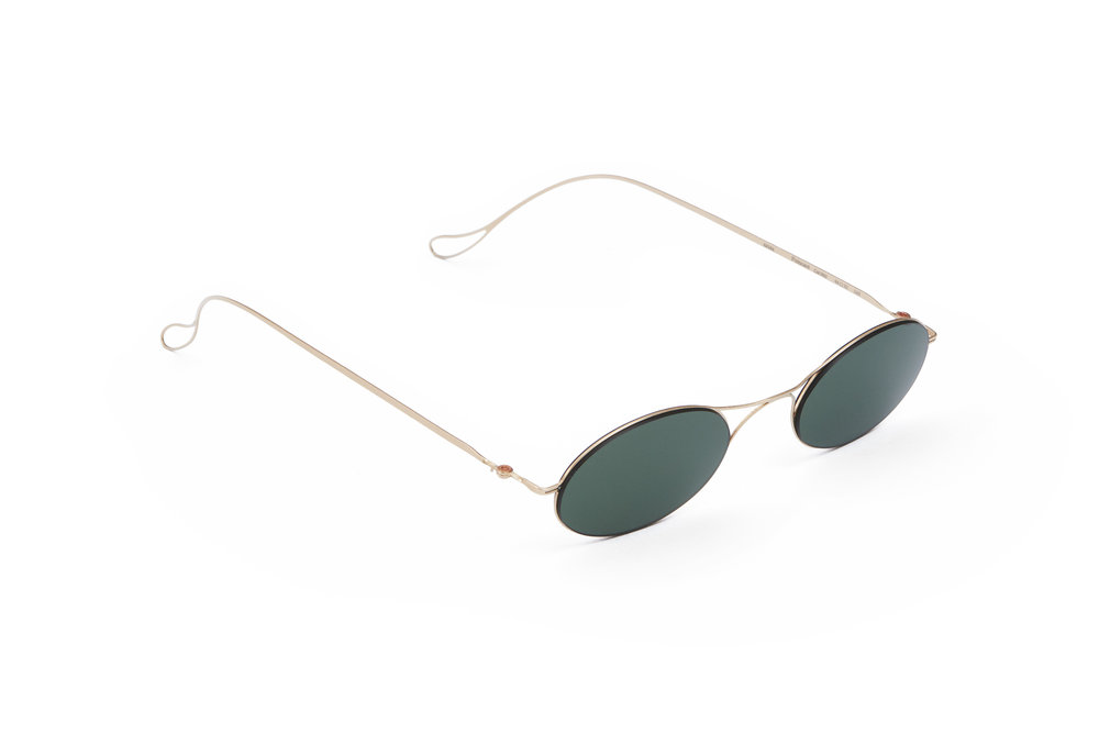 haffmans_neumeister_poincare_champagner_green_ultralight_sunglasses_angle_102284.jpg