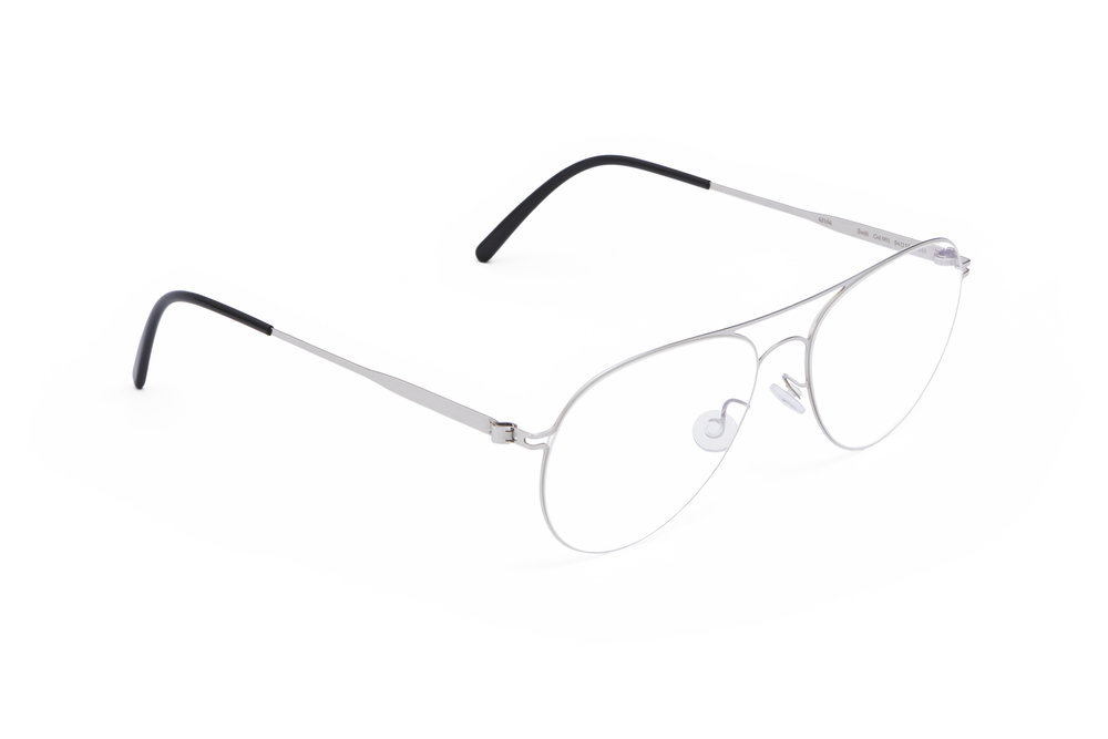 haffmans_neumeister_swift_silver_black_clear_line_eyeglasses_angle_102202.jpg
