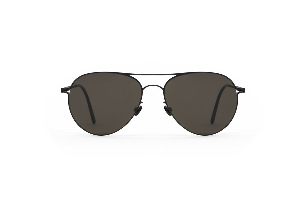 haffmans_neumeister_swift_black_black_grey_line_sunglasses_front_102129.jpg