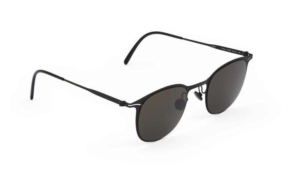 haffmans_neumeister_turing_black_black_grey_line_sunglasses_angle_102139.jpg