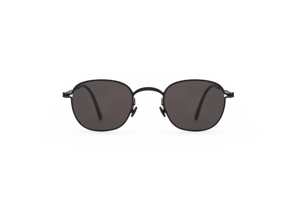 haffmans_neumeister_tutmark_black_black_grey_line_sunglasses_front_102072.jpg