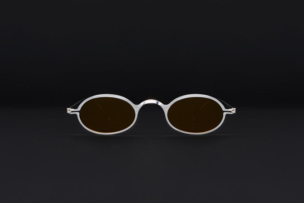 haffmans_neumeister_absinthe_argentum_amber_brown_phasmid_sunglasses_front_102222.jpg