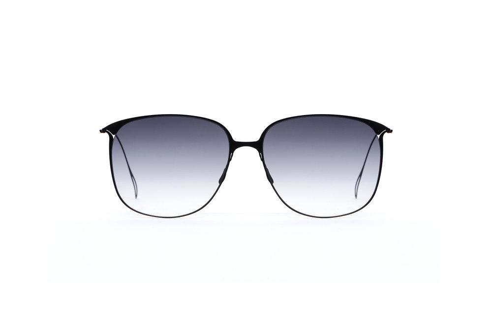 haffmans_neumeister_flannery_black_grey_gradient_ultralight_sunglasses_front_102405.jpg