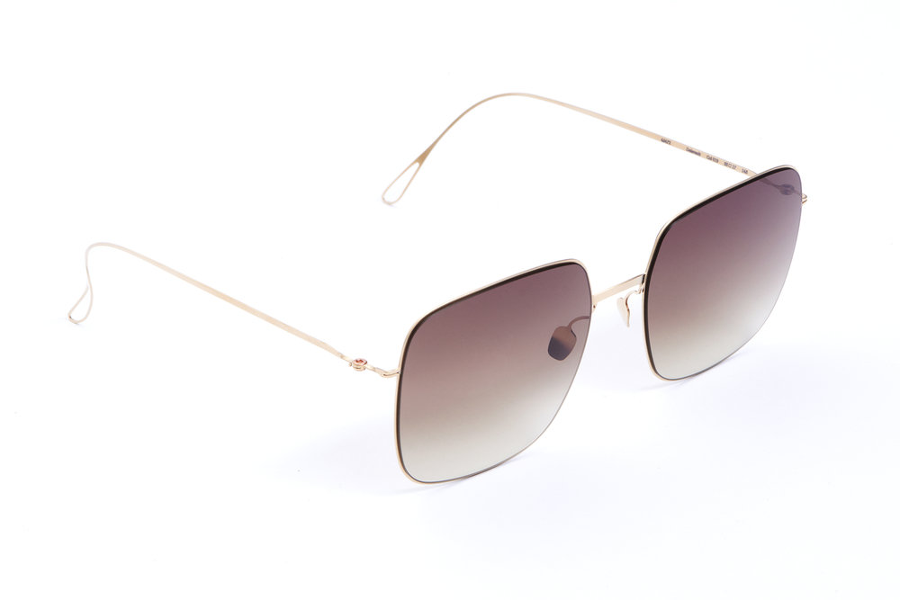 haffmans_neumeister_delavault_crémant_tobacco_gradient_ultralight_sunglasses_angle_102408.jpg